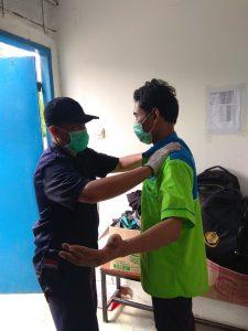 Proses Body Checking Covid-19 Prevention Jet Commerce Fulfillment Center
